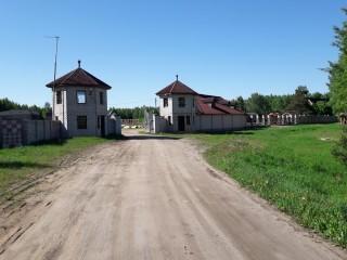 Продаем землю с постройками под производство, строительство, базу отдыха и другие нужды