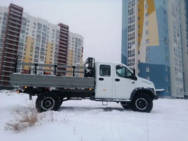 prodayu-avtomobil-gaz-sadko-nekst-4x4-dizel-big-0