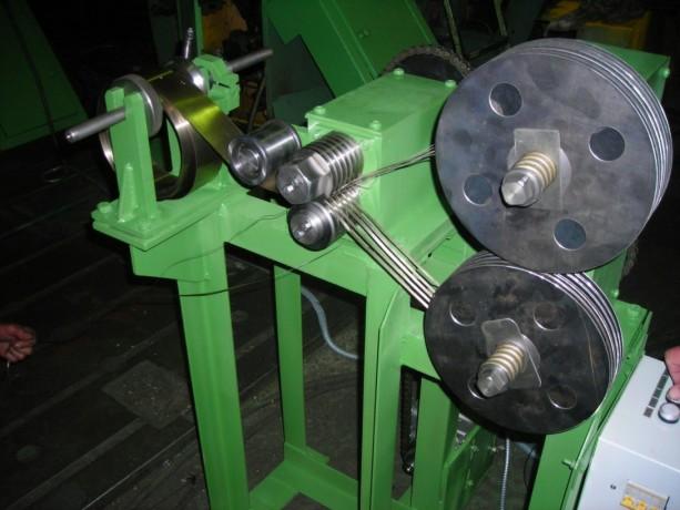liniya-avtomaticeskaya-prodolnoi-rezki-rulonnogo-materiala-big-1