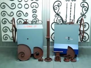 Кузнечные станки ПРОФИ-2Р с механическим (ручным) приводом  через редуктор для «художественной ковки»